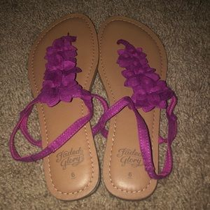 NWOT pink, faded glory sandals